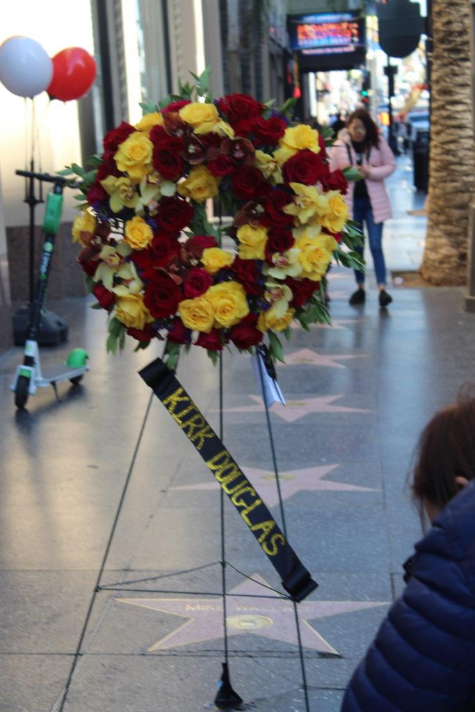 Kirk Douglas Memorial Wreath