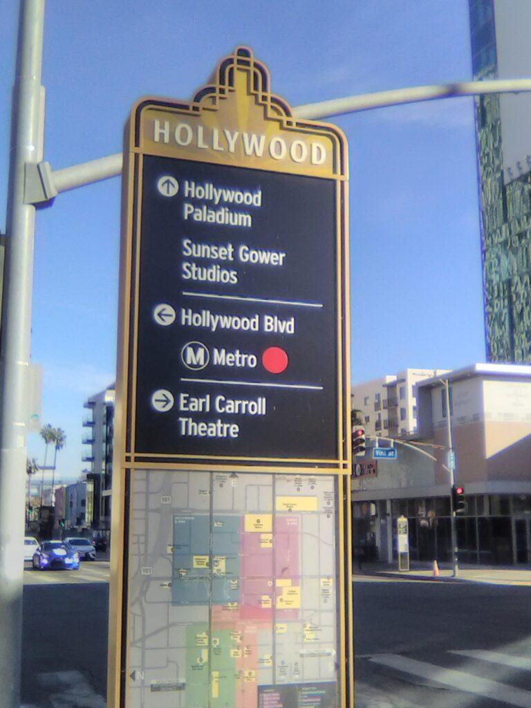 Kiosk Hollywood Blvd. and Vine Ave. Photo: Yevette Renee