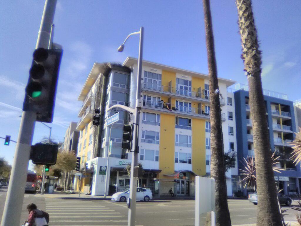 Santa Monica Blvd and LaBrea Ave Photo: Yevette Renee